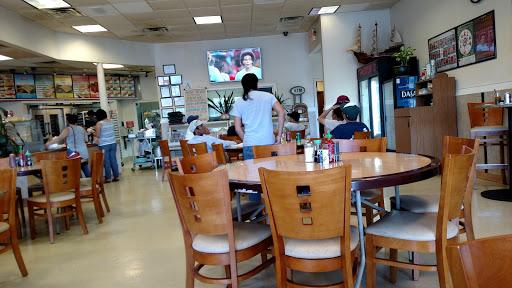 Henry's Cafe & Bakery