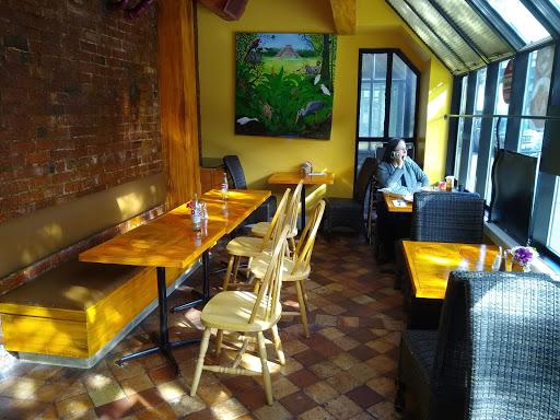 Mayah?s Restaurant Cafe