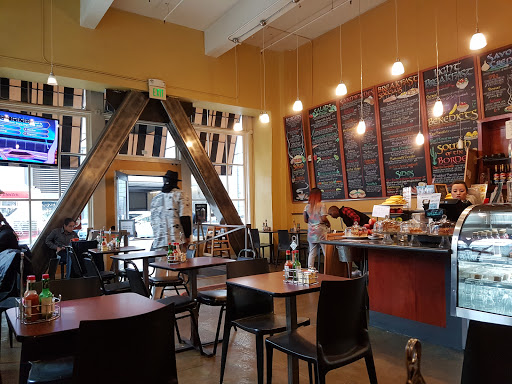 Mo'z Cafe
