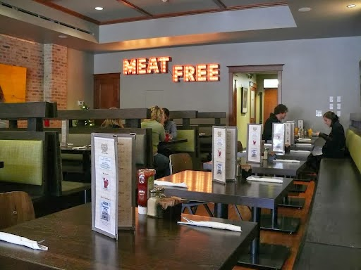 The Chicago Diner, Logan Square